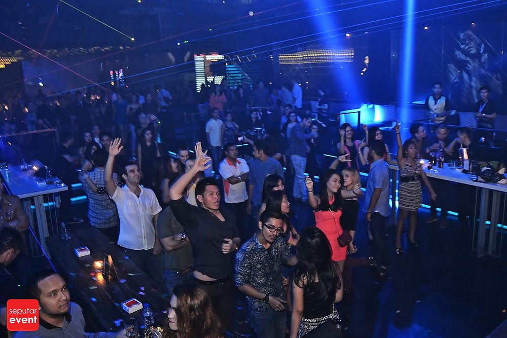 X2 Club Jakarta Present DJ KURA (2).JPG