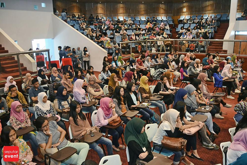 ACES UI 2014; Saatnya Yang Muda Berkarya (3).JPG
