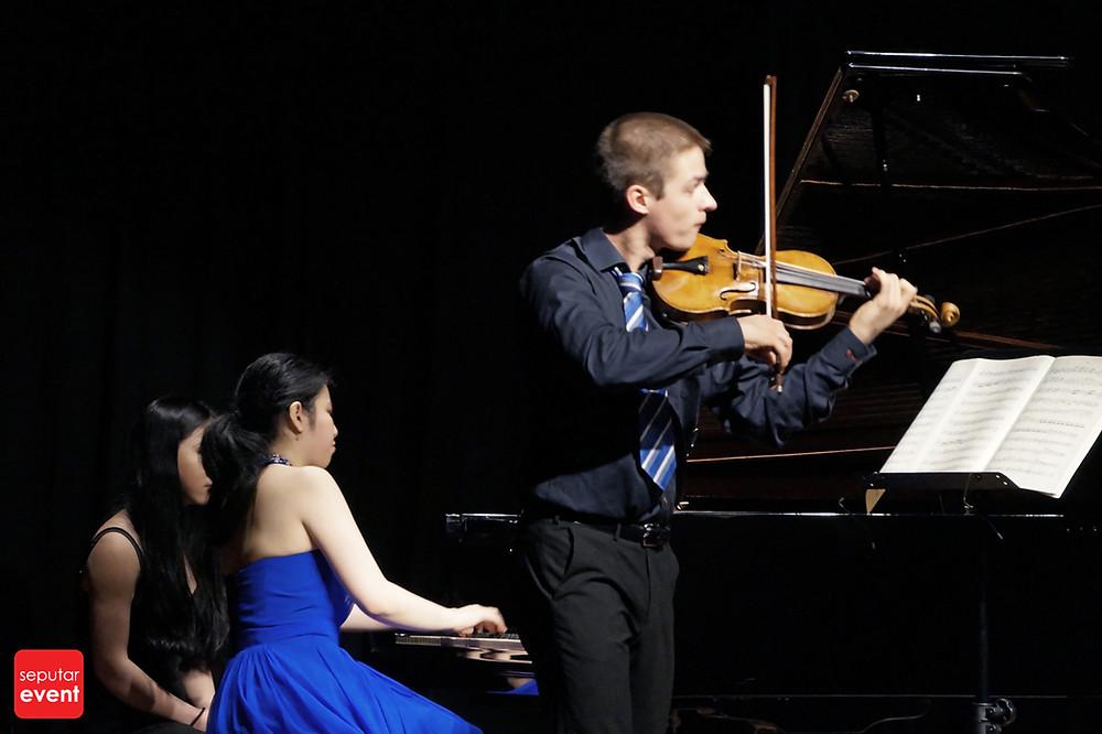 Resital Biola dan Piano Persembahan Jakarta Conservatory of Music (4).jpg