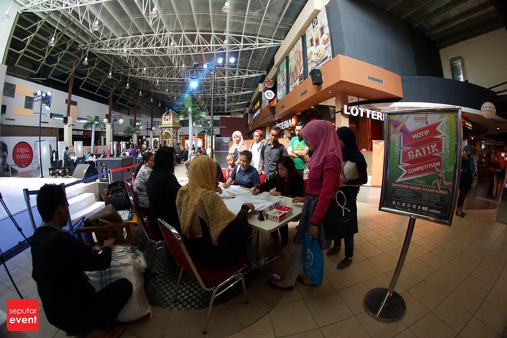 Pre-Event Bogor Fashion Food Festival 2015 Gelar Lomba Desain Motif Batik (14).JPG