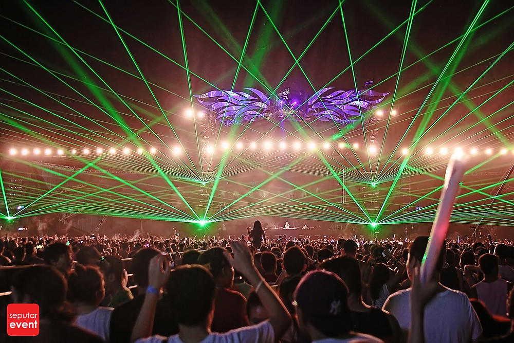 Djakarta Warehouse Project 2014; Rumble and Bustle (6).JPG