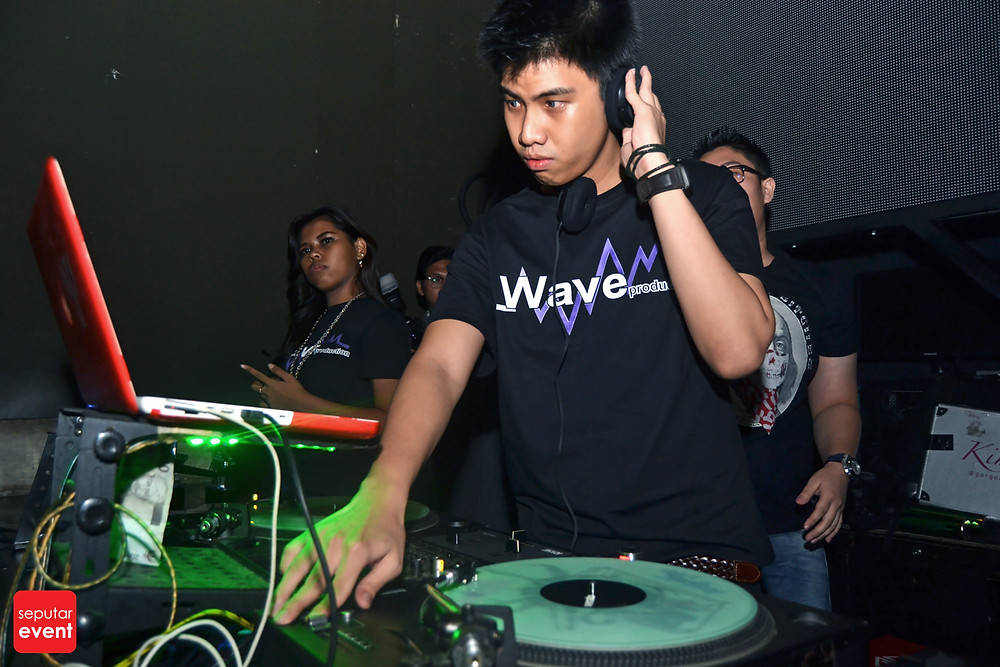 WAVE Magnificent 8 (7).JPG