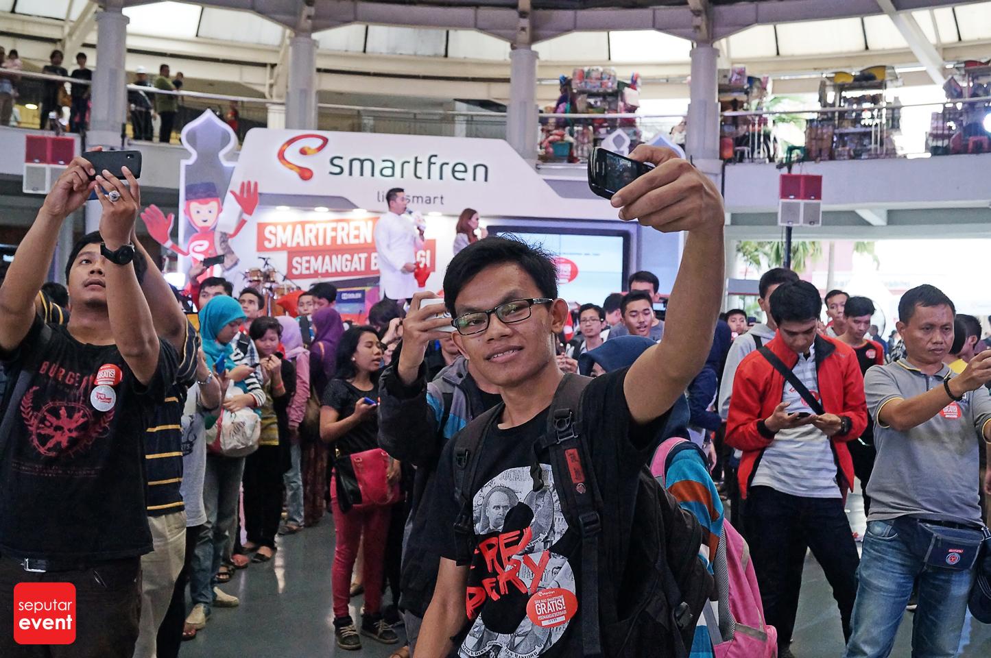smartfren-semangat-berbagi-2014__ (25).JPG