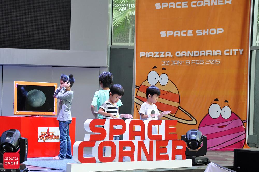 Space Adventure Mobile Planetarium_4.JPG