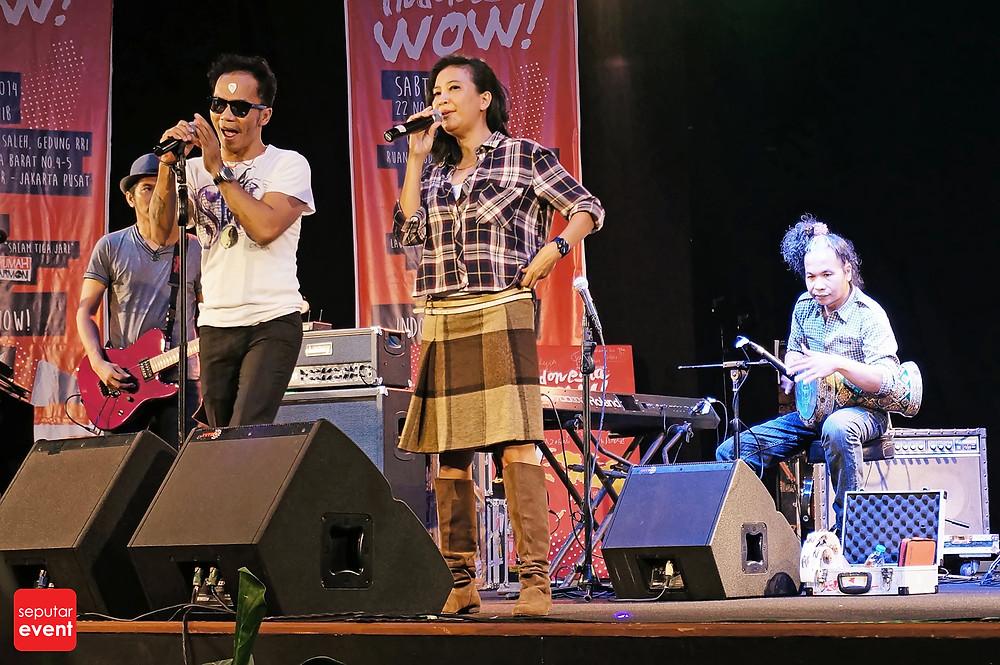Salam 3 Jari Indonesia Wow (2).JPG