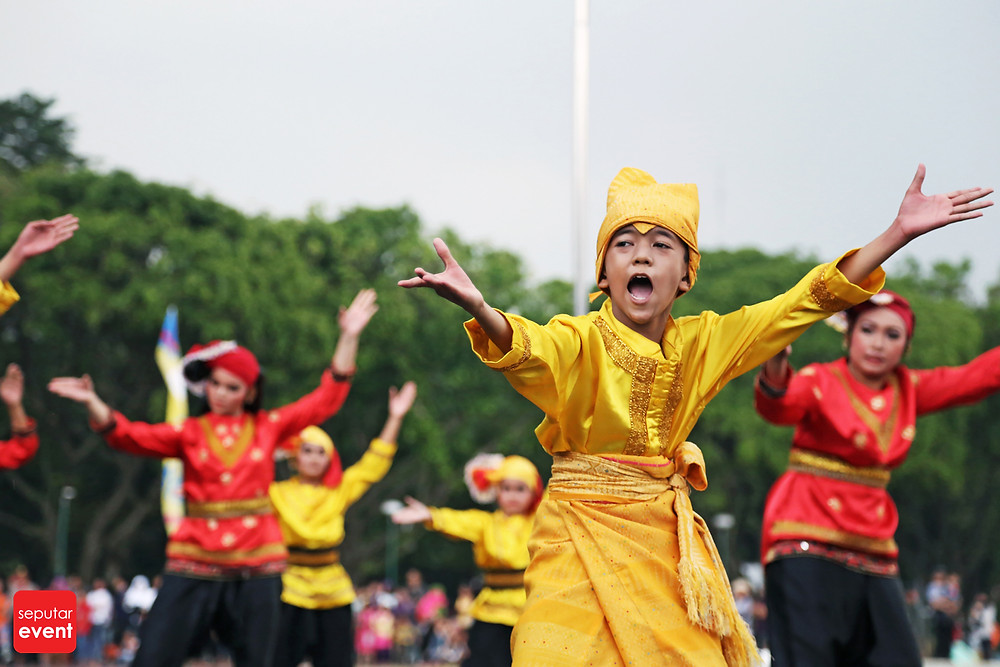 HUT TMII Gelar Pawai Budaya Nusantara (8).JPG