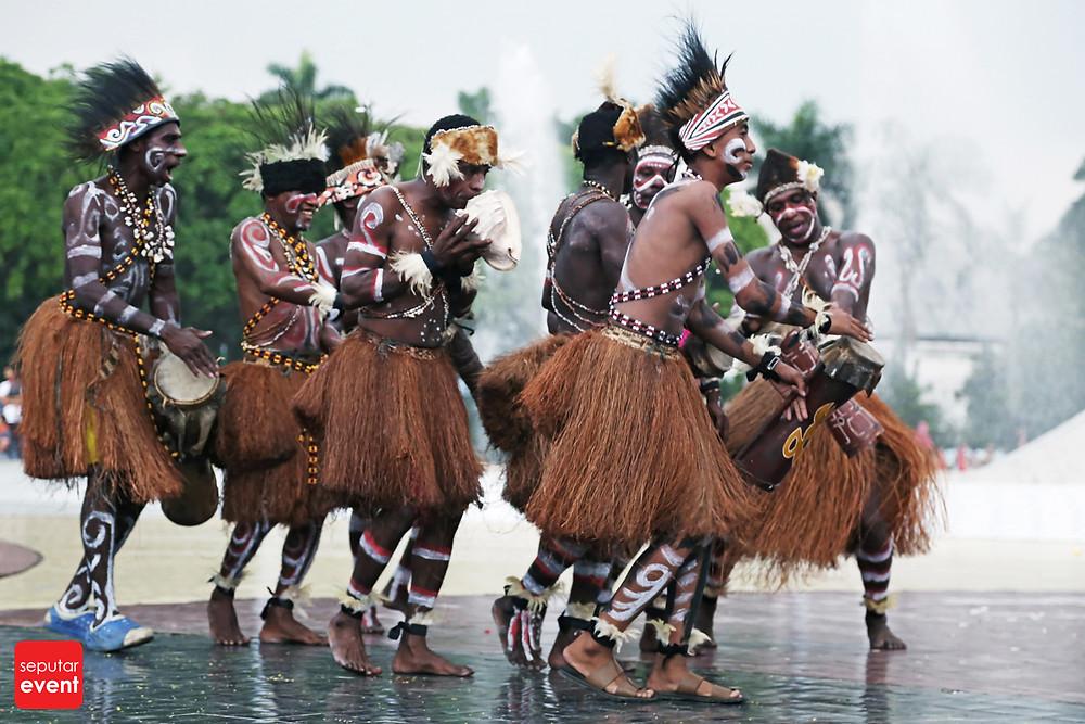 HUT TMII Gelar Pawai Budaya Nusantara (1).JPG