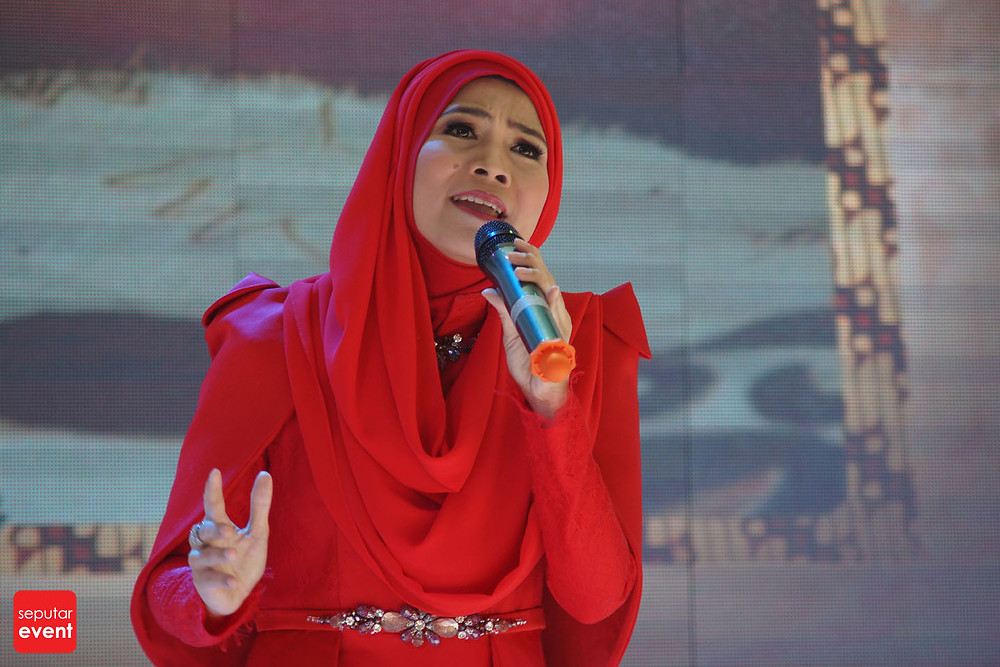 Pre-Event Bogor Fashion Food Festival 2015 Gelar Lomba Desain Motif Batik (2).JPG