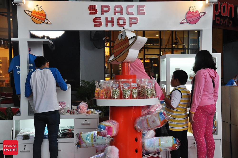 Space Adventure Mobile Planetarium_6.JPG