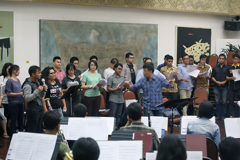 LATIHAN KONSER LOVE OF MY LIFE - Batavia Madrigal Singers.JPG