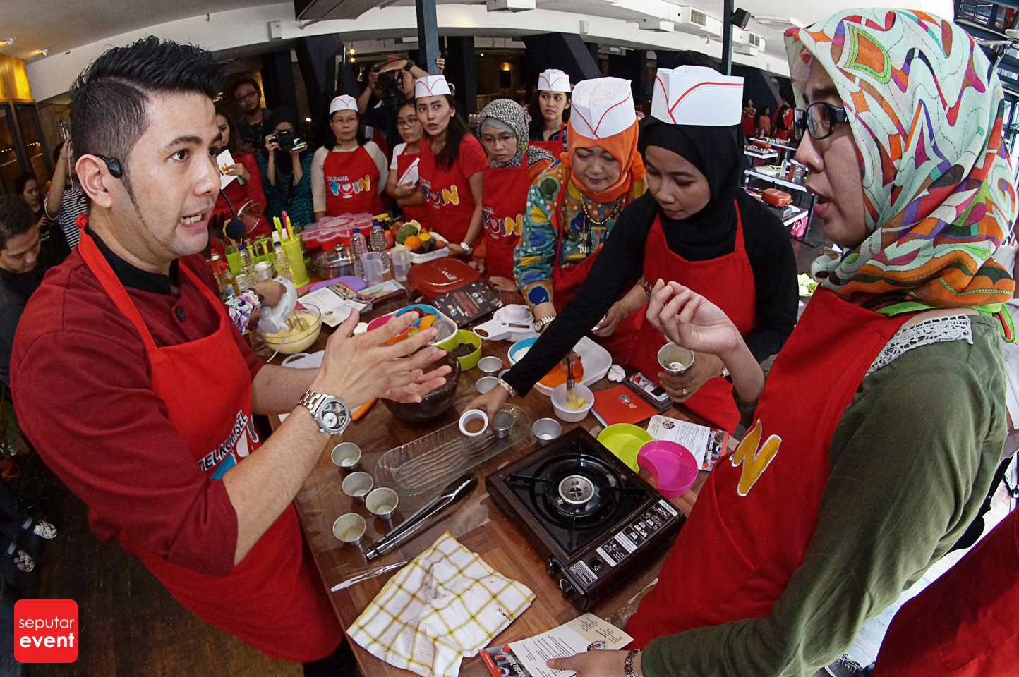Cooking Class with Celebrity Chef 2015 (60).JPG