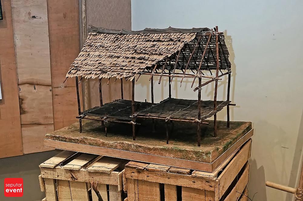 Tim Ekskursi IMA FTUI Angkat Arsitektur Tradisional Orang Rimba (4).JPG
