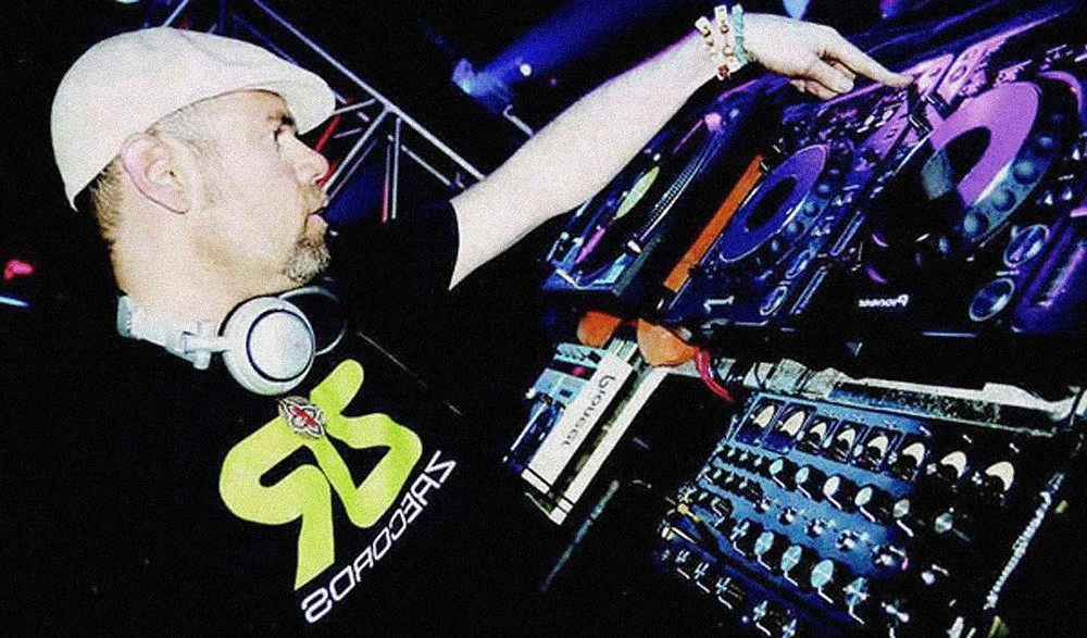 www.clubbingspain.com.jpg