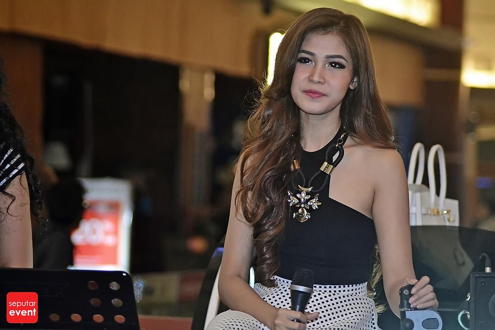 Shandy Sandoro Tampil Memesona di Monday with Star (6).JPG