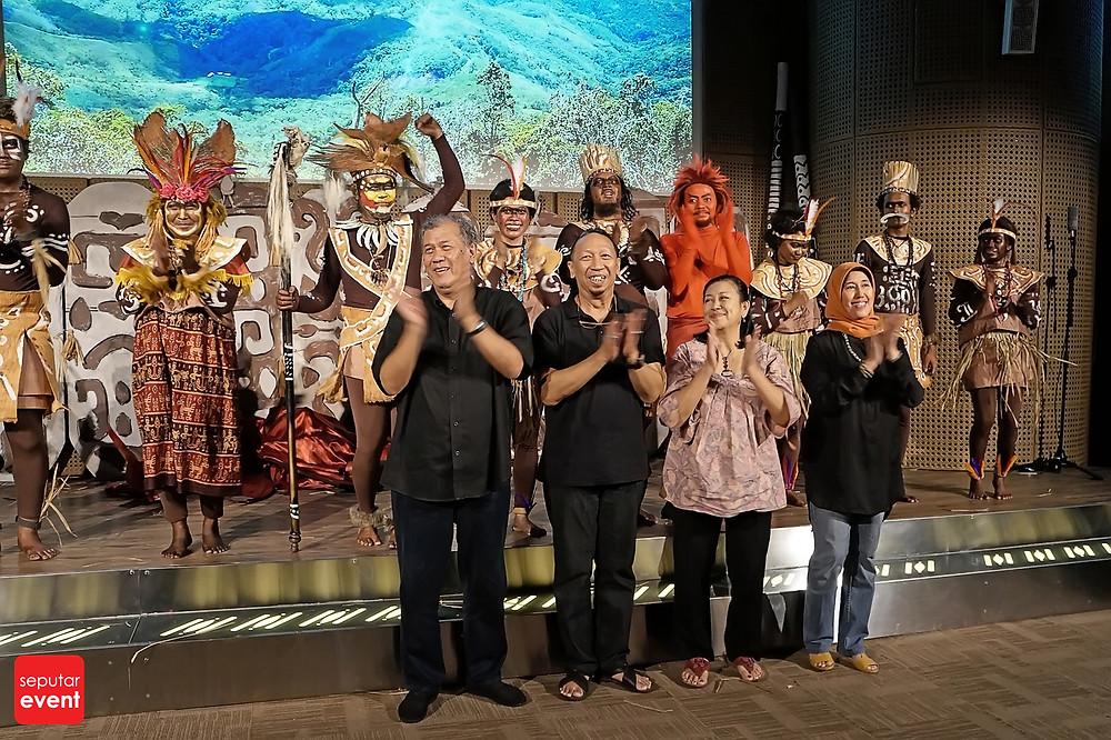 Teater Koma Persembahkan Cahaya dari Papua (6).JPG