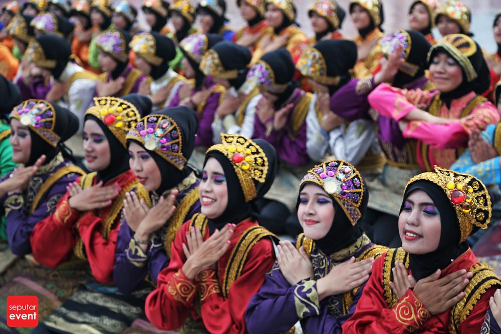 HUT TMII Gelar Pawai Budaya Nusantara (2).JPG