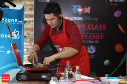 Cooking Class with Celebrity Chef 2015 (33).JPG