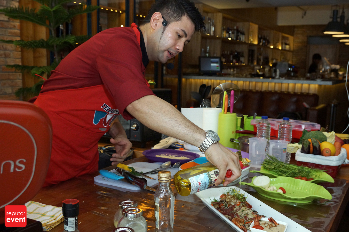 Cooking Class with Celebrity Chef 2015 (36).JPG