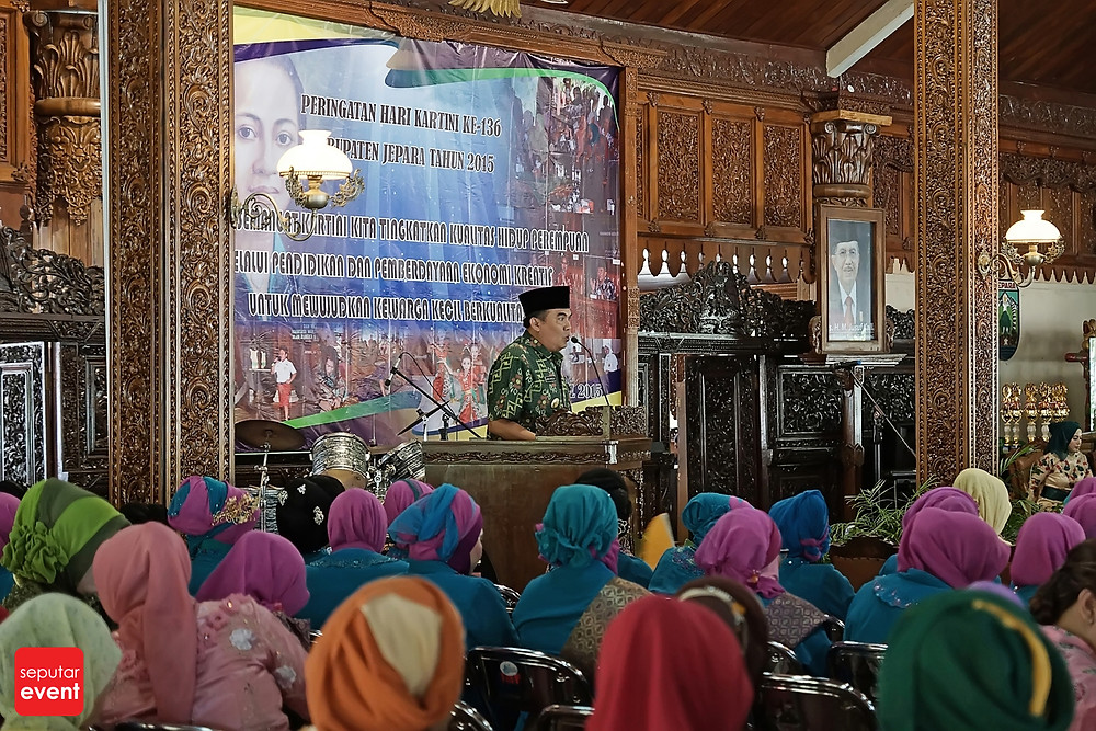 Resepsi Hari Kartini ke-136 (1).JPG