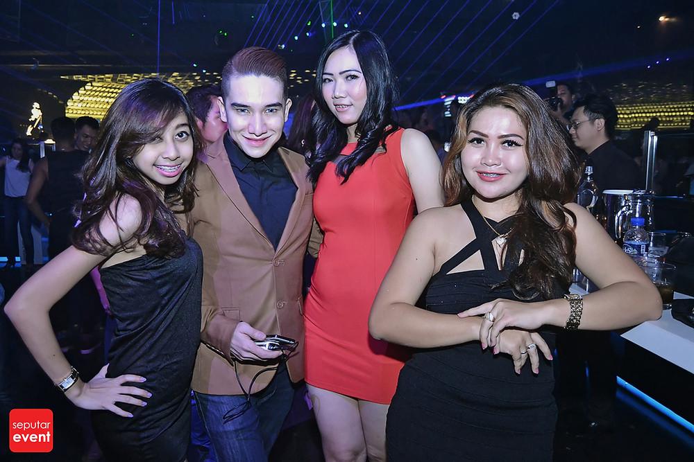 X2 Club Jakarta Present DJ KURA (7).JPG