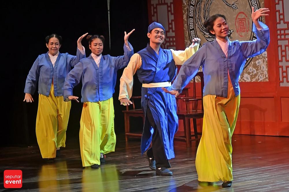 Teater Legiun Persembahkan Chang Bersaudara (7).JPG