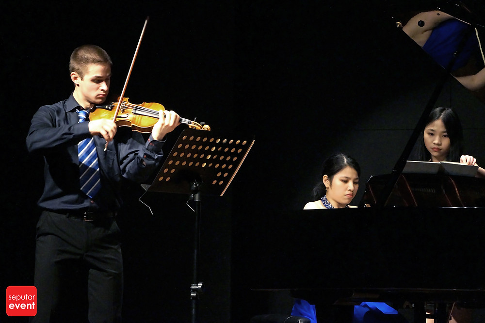 Resital Biola dan Piano Persembahan Jakarta Conservatory of Music (1).jpg