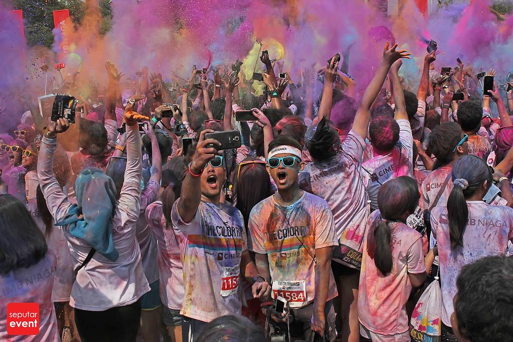 The Color Run; Run Never Been This Fun (21).JPG