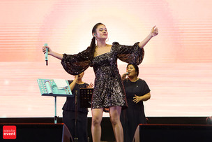Raisa Beri Kejutan Para Fans Di Synchronize Festival 2019