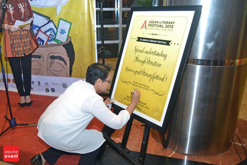Jakarta Jadi Tuan Rumah Festival Sastra Asean (1).jpg