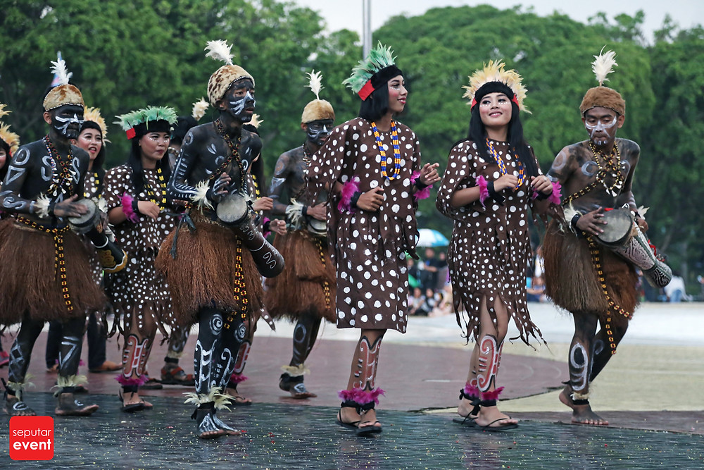 HUT TMII Gelar Pawai Budaya Nusantara (9).JPG