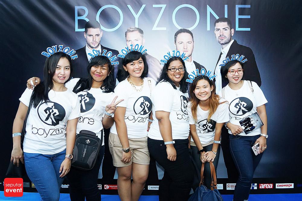Konser Boyzone, Malamnya Para Remaja 90-an Bernostalgia (2).jpg