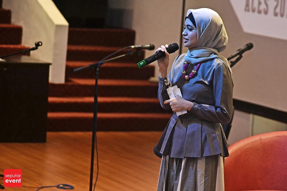 ACES UI 2014; Saatnya Yang Muda Berkarya (1).JPG