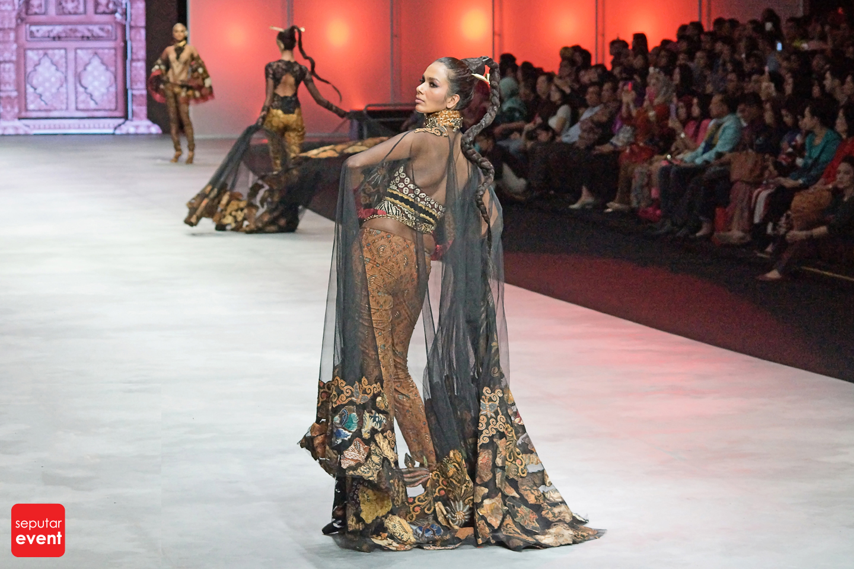 Indonesia Fashion Week 2015 (74).JPG