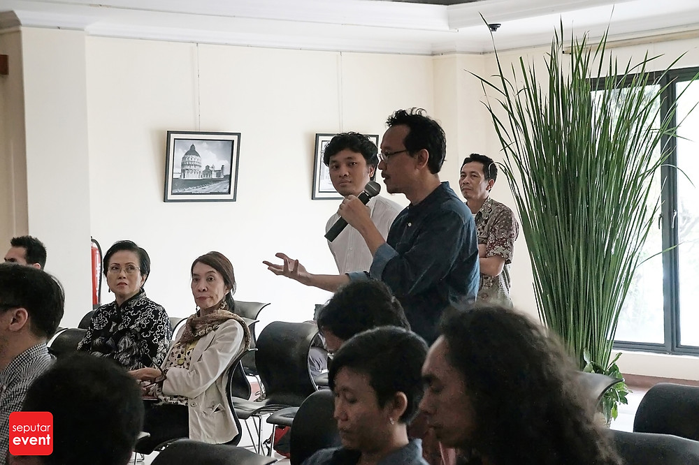 IIC Jakarta Presents Artist's Talk by Luigi Ontani (2).JPG