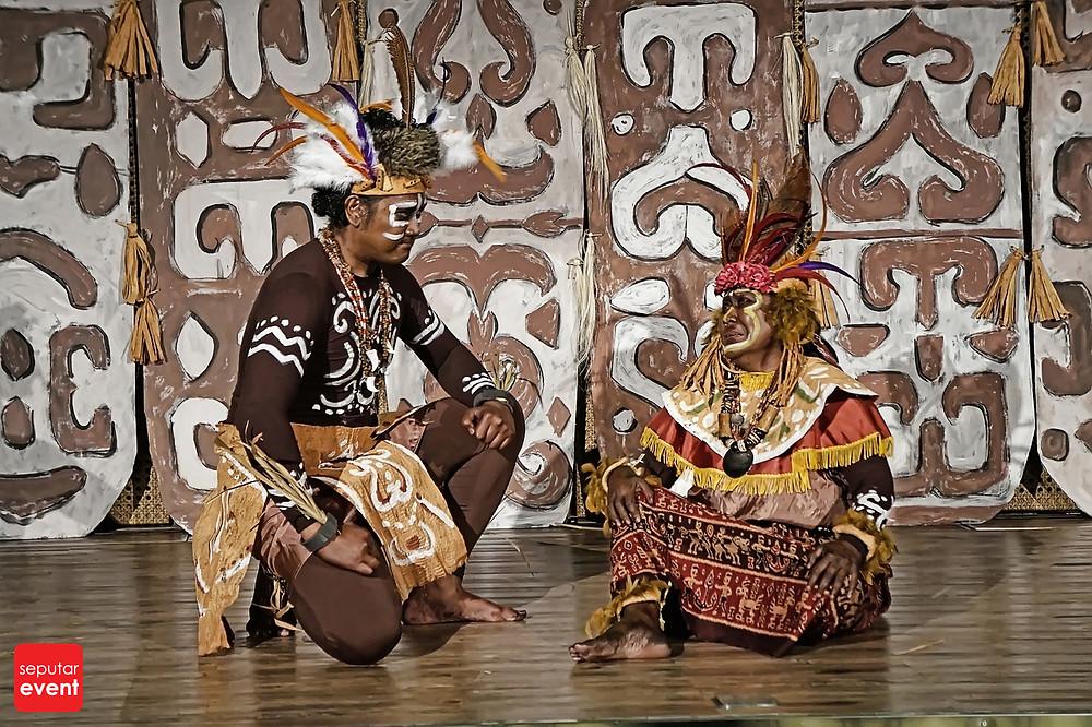 Teater Koma Persembahkan Cahaya dari Papua (1).JPG