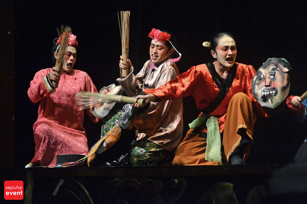 Teater Koma Mempersembahkan Opera Ular Putih (7).JPG