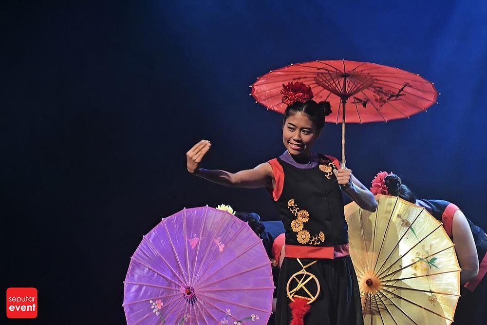 Teater Legiun Persembahkan Chang Bersaudara (2).JPG