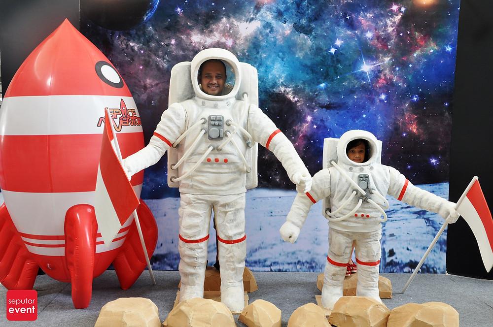 Space Adventure Mobile Planetarium_1.JPG