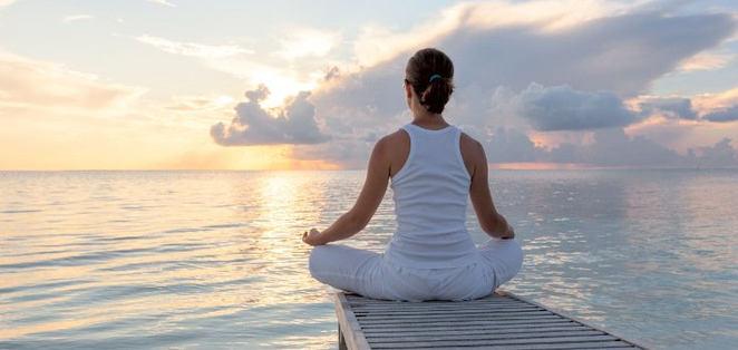 yoga_meditation_735_350.jpg