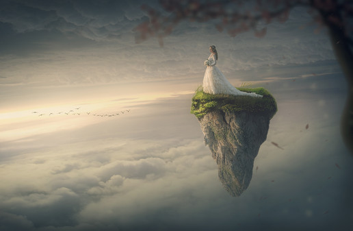 Girl_above_clouds_AlenFranetic.jpg