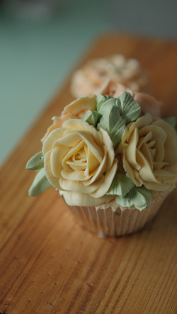cupcakes_flowercream