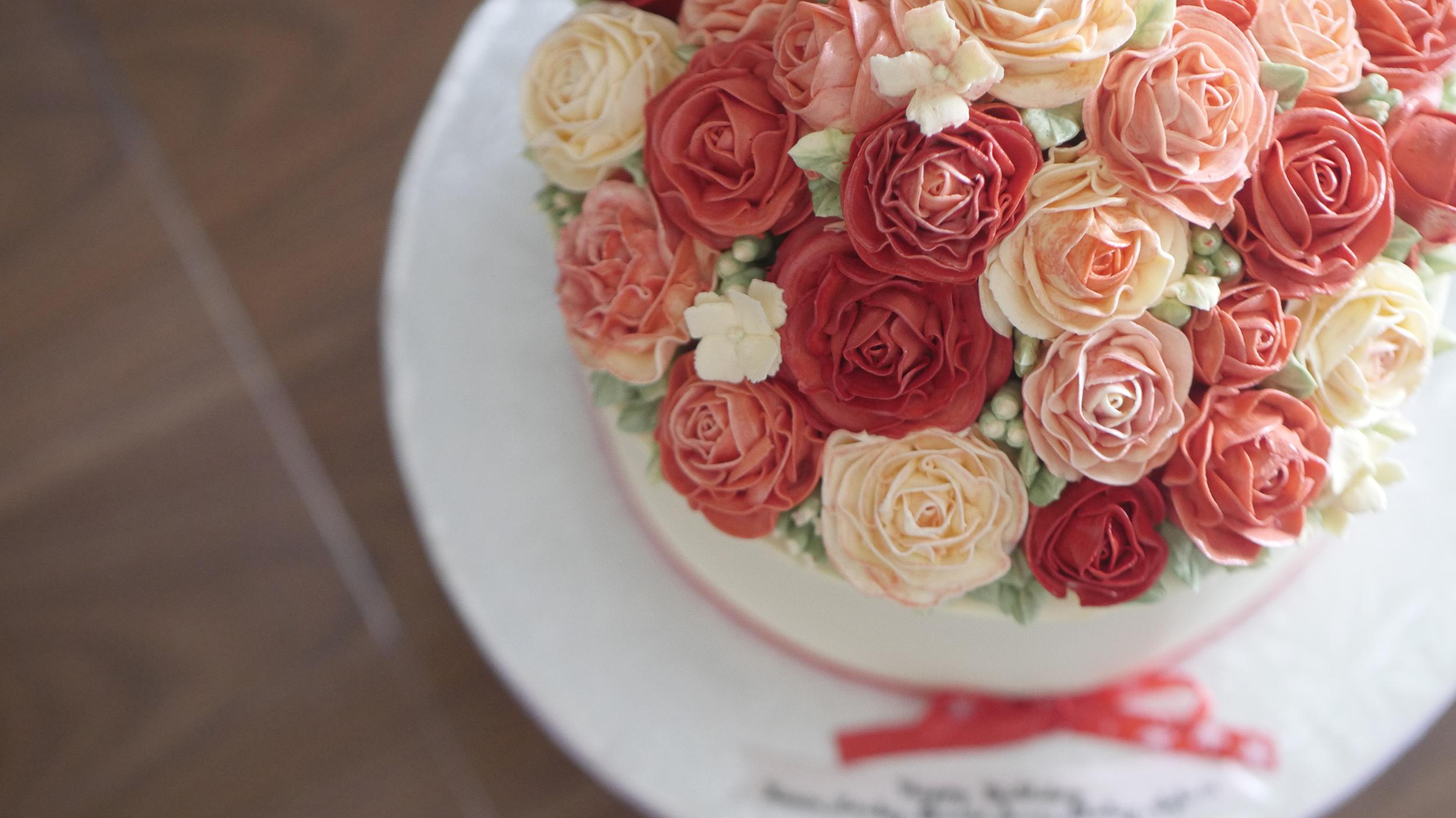 girls_cream_red2