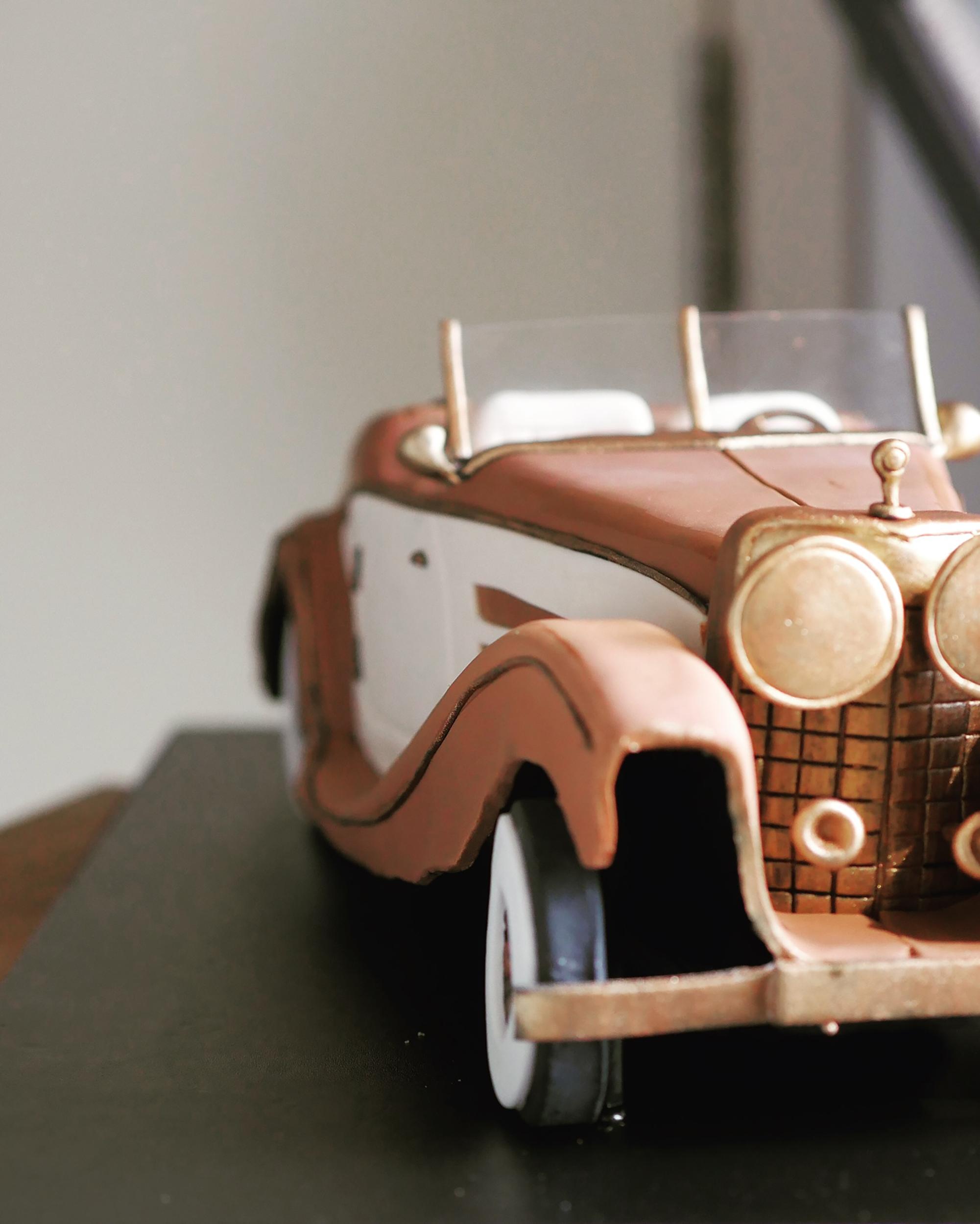 guys_vintagecar