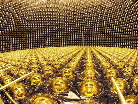 Evrende En Bol Bulunan Ama Tespit Edilmesi Neredeyse İmkansız Olan Parçacık: Nötrinolar