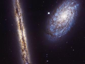 Günün Fotoğrafı / NGC 4302 VE NGC 4298