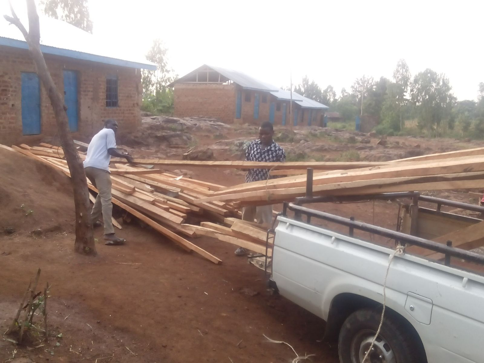 Unloading wood