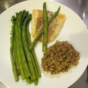 Filet d'aiglefin, asperges et risotto