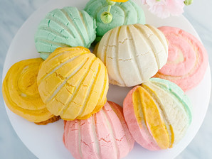 Mexican Soft Sweet Bread: Pan Dulce Recipe (Conchas)
