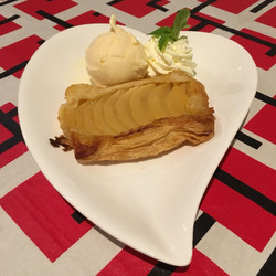 Apple tart and Ice Cream