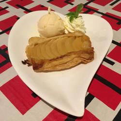 Apple tart and Ice Cream
